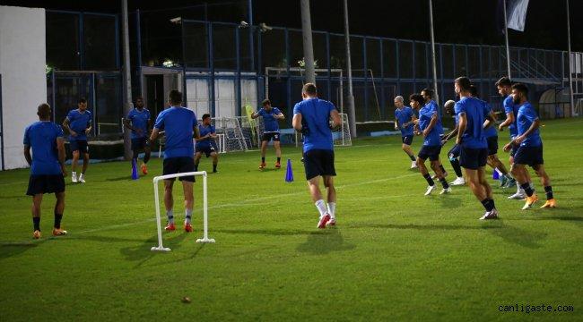 Adana Demirspor, Adanaspor maçı hazırlıklarını sürdürüyor
