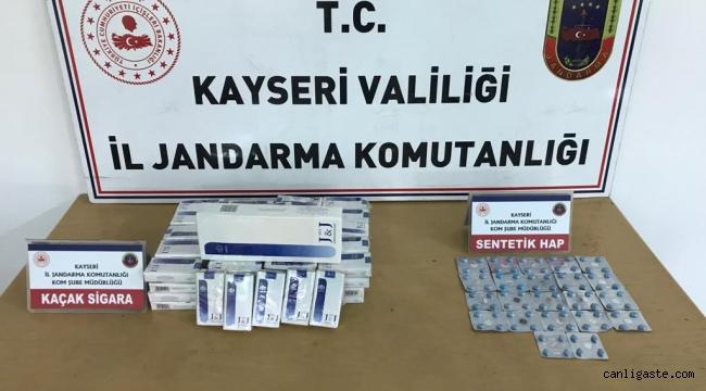 Kayseri Asayiş Haberi: Develi'de Suriyelilerin aracında 88 sentetik hap ve 96 paket kaçak sigara ele geçirildi