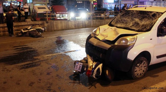 Kütahya'da hafif ticari araç iki motosiklete çarptı: 1 ölü, 2 yaralı