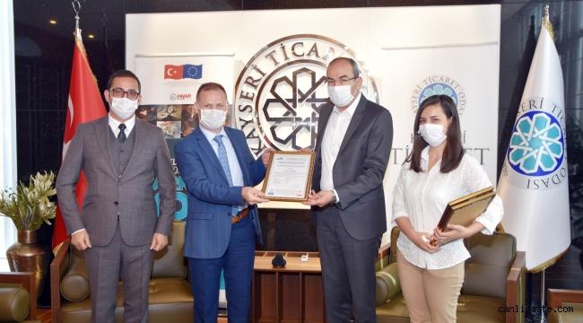 Ulaşım A.Ş. çalışanlarının 'Mesleki Yeterlilik Belgesini' KTO Başkanı Gülsoy verdi
