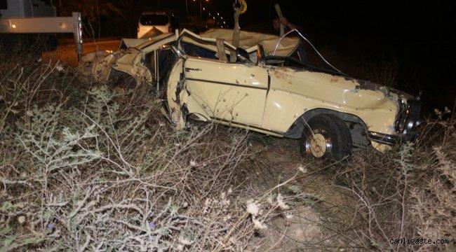 Adana'da otomobil şarampole devrildi: 1 yaralı