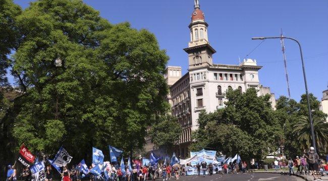 Arjantin'de hükümete destek gösterisi