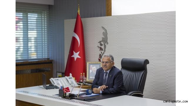 """Başkan Büyükkılıç: """"İstikbalimizin mimarı öğretmenlerimizin hakkını ödeyemeyiz"""""""