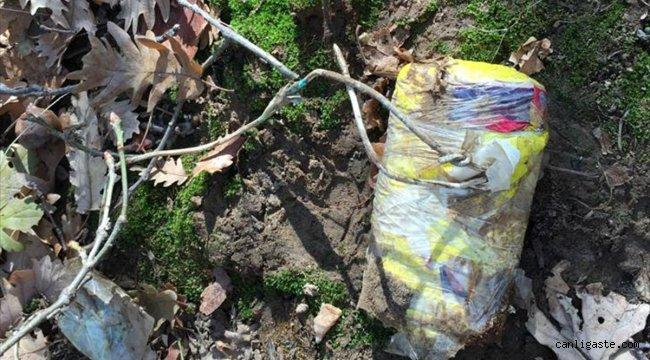 Bitlis'te teröristlerce toprağa gömülmüş el yapımı patlayıcı ve gıda malzemesi bulundu