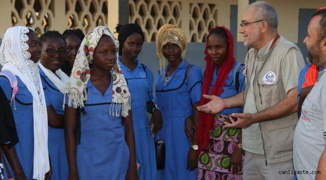 Cansuyu olmak için Kamerun'a ulaştılar