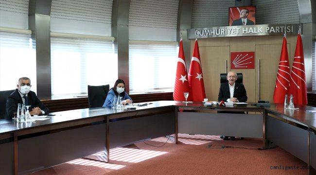 CHP Genel Başkanı Kılıçdaroğlu, öğretmenlerle görüştü