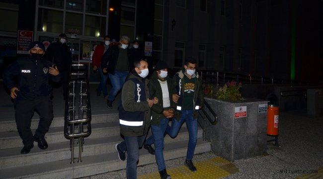 Çorum'da eşinin akrabalarına silahlı saldırı düzenleyen zanlı tutuklandı