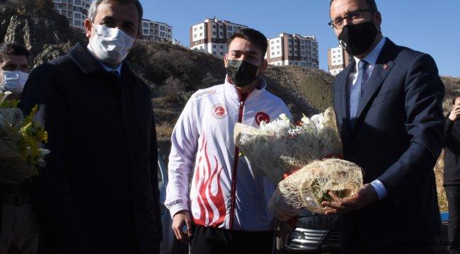 Gençlik ve Spor Bakanı Mehmet Muharrem Kasapoğlu, Kırıkkale'de