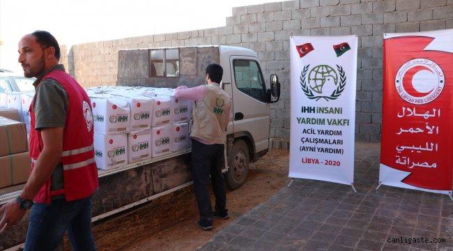 İHH'dan Libya'ya 6 konteynerlik insani yardım