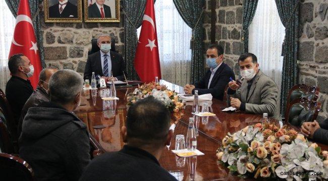 İzmir'de 110 bin depremzedeye yemek hizmeti sunan aşevi görevlileri Diyarbakır'a döndü
