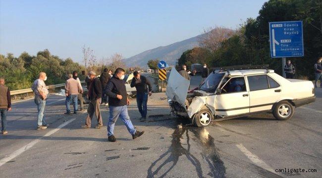 İzmir'de çarpışan iki otomobilin sürücülerinden biri öldü