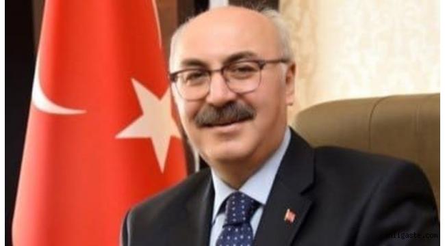 İzmir Valisi Kovid-19 testinin pozitif çıktığını açıkladı