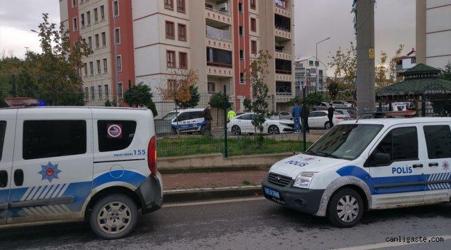 Kocaeli'de eski kız arkadaşını silah zoruyla alıkoyduğu iddia edilen kişi yakalandı