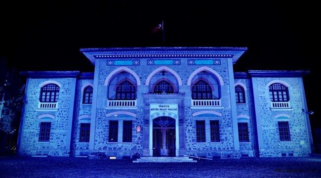 Kültür varlıkları, Dünya Çocuk Hakları Günü dolayısıyla maviye büründü