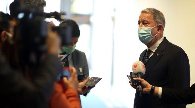 Milli Savunma Bakanı Akar'dan Türk ticari gemisindeki hukuk dışı aramaya tepki: