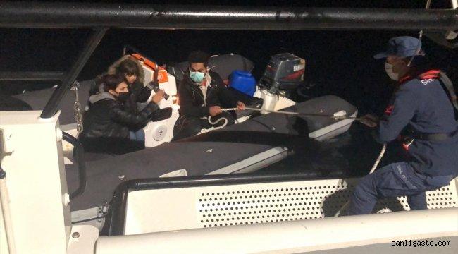 Muğla'da Türk kara sularına itilen 3 sığınmacı kurtarıldı