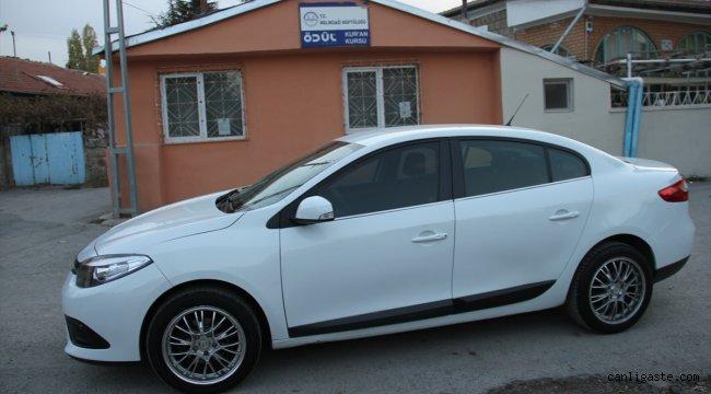 Satın aldığı otomobilin önü başka model arkası başka model çıktı