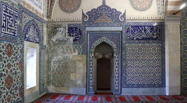 Selimiye Camisi hünkar mahfili çinilerinin Rusya'dan Türkiye'ye getirilmesi için çalışma başlatıldı