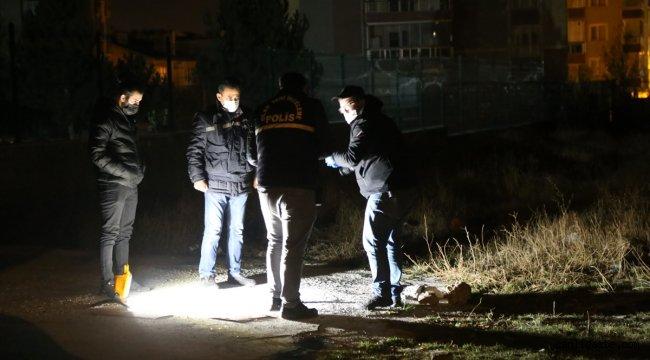 Sivas'ta yüksek ses çıkaran havai fişek patlaması vatandaşları tedirgin etti