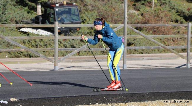 Ukrayna Kayaklı Koşu Genç Kız Milli Takımı Bolu'da kamp yapıyor
