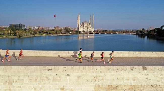 5 Ocak Adana Kurtuluş Yarı Maratonu tamamlandı