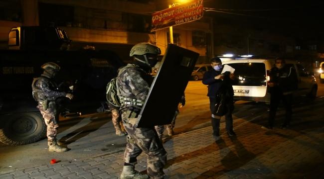Adana'da suç örgütüne yönelik operasyon: 55 gözaltı kararı