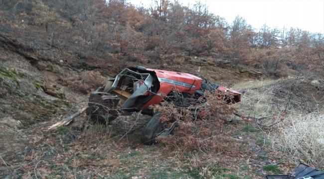 Aydın'da devrilen traktördeki 2 kişi yaralandı