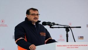 Bakan Dönmez, Manisa'daki 4 enerji tesisiyle 180 milyon dolarlık gaz ithalatının önüne geçeceklerini bildirdi: