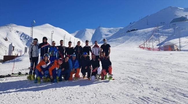 Bosna Hersekli kayakçılar Palandöken'deki imkanlara hayran kaldı