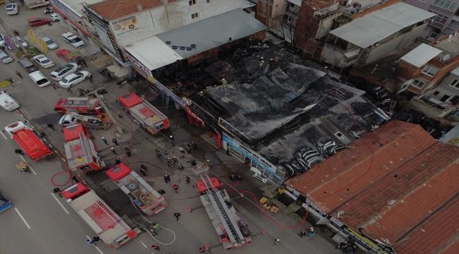 Bursa'da iş yerinin deposunda çıkan yangın söndürüldü
