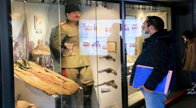 """""""Çanakkale Savaşları Mobil Müzesi"""" Eskişehir'de ziyarete açıldı"""