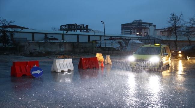Edirne'de sağanak nedeniyle mermer işletmesini su bastı