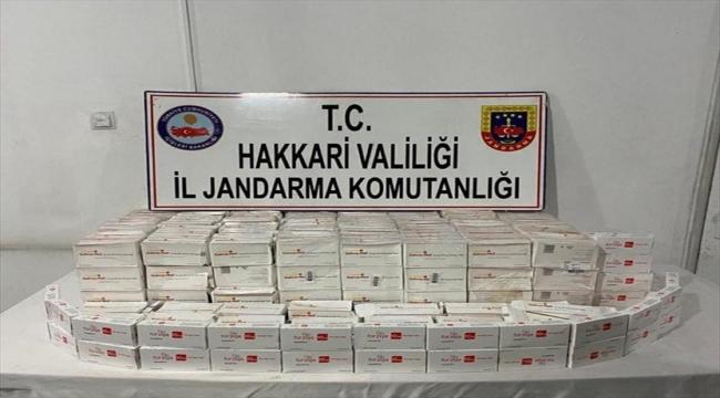 Hakkari'de 383 kutu kaçak ilaç ele geçirildi