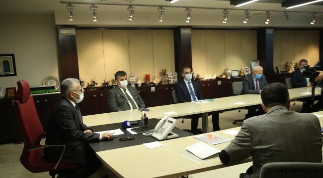 Kayseri Büyükşehir'de yılın ilk ulaşım toplantısı yapıldı