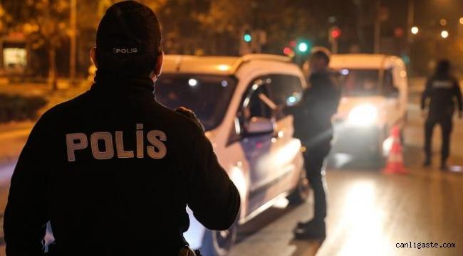 Kayseri'de sokağa çıkma kısıtlamasını ihlal eden şüpheliler uyuşturucuyla yakalandı