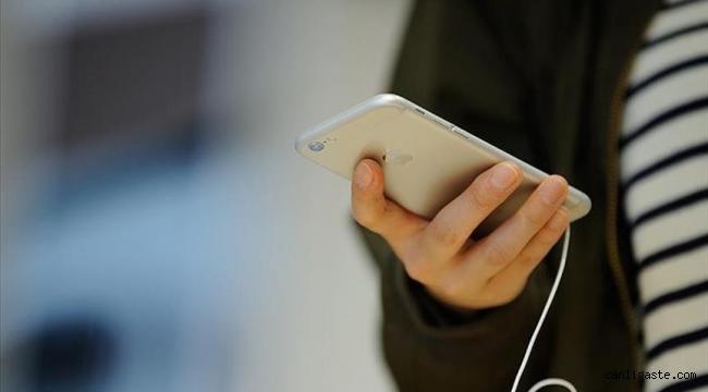 Konya Olay: Telefonla dolandırıcılık yaptıkları iddiasıyla yakalanan 5 zanlıdan 4'ü tutuklandı