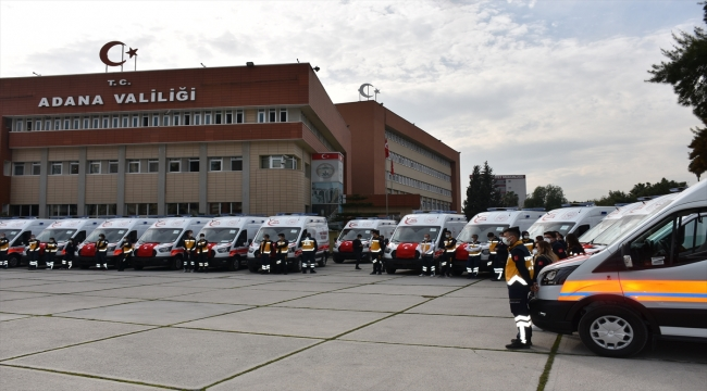 Sağlık Bakanlığınca Adana'ya gönderilen 26 ambulans hizmete alındı