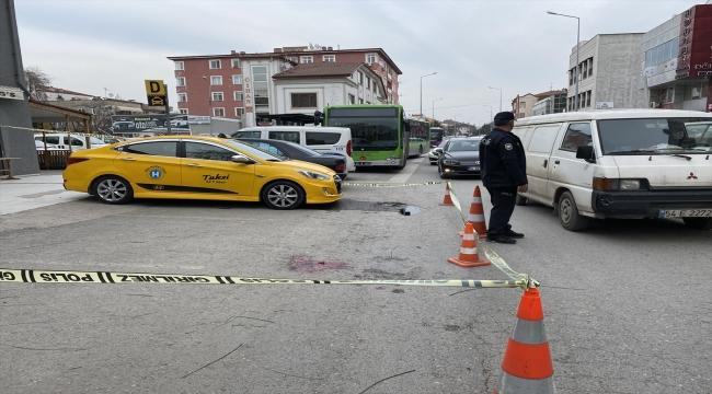 Sakarya'da taksici silahlı saldırıya uğradı