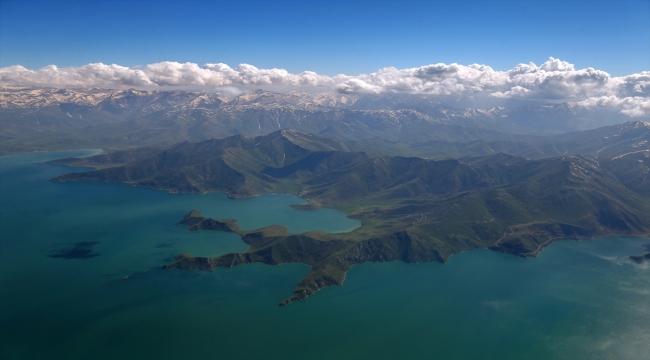 """Van Gölü'nün cennet koyları """"doğal sit-nitelikli doğal koruma alanı"""" olarak tescillendi"""