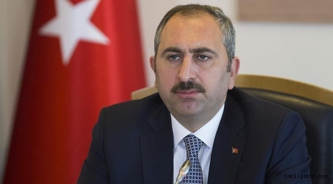Adalet Bakanı Gül: Sosyal medyanın yargı fenomeni olması kabul edilemez