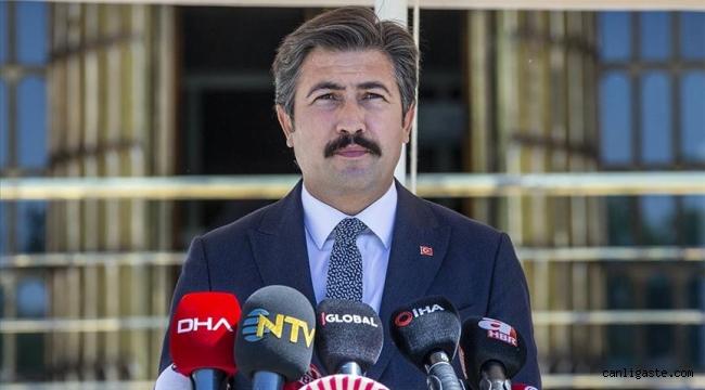 """Cahit Özkan'dan """"Yeniden Kuruluş Anayasası"""" açıklaması"""