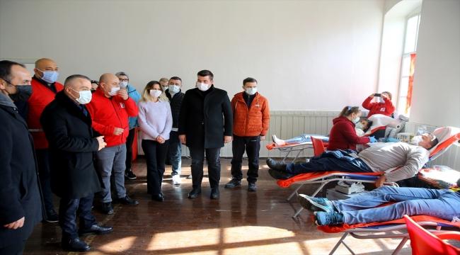 """Kırklareli'nde """"Vefa"""" gönüllüleri bu kez kan bağışında bulundu"""