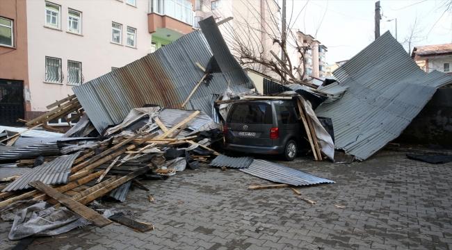 Doğu'da 4 ilde kuvvetli sağanak ve fırtına hasara yol açtı