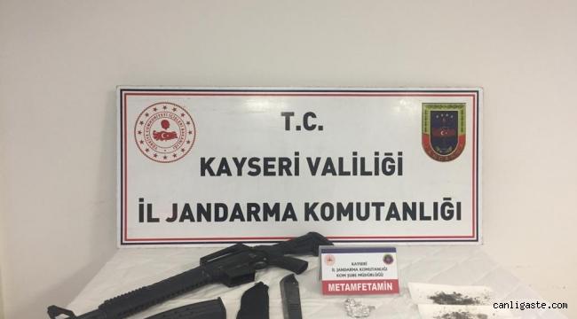 Kayseri'de jandarmadan uyuşturucu operasyonu: 1 gözaltı