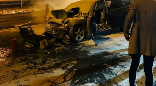 Talas Anayurt'ta feci kaza 1 kişi hayatını kaybetti 5 yaralı (Videolu Haber)