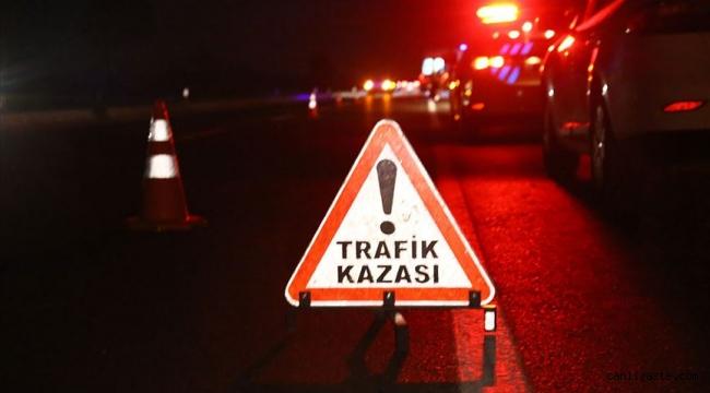 Ticari araç bariyerlere çarptı: 1 ölü 2 yaralı