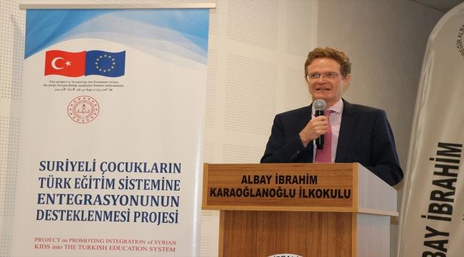 AB Türkiye Delegasyonu Başkanı Büyükelçi Meyer-Landrut, Adana'da PIKTES kapsamındaki okulu ziyaret etti