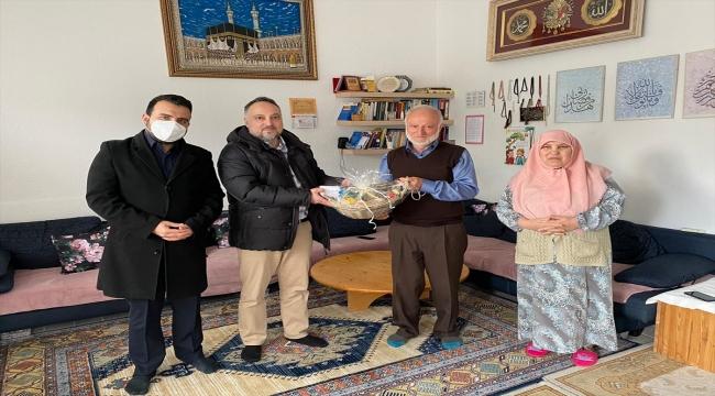Almanya'da DİTİB camisi ramazan atmosferini yaşatmak için üyelerinin kapısını çaldı