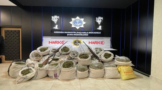 Ankara'da narkotik ekipleri: 127 kilogram esrar, 176 kilogram Hint keneviri tohumu ele geçirdi