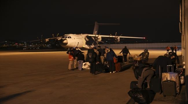 Arakanlı Müslümanlara yardım taşıyan askeri kargo uçağı Ankara'dan havalandı